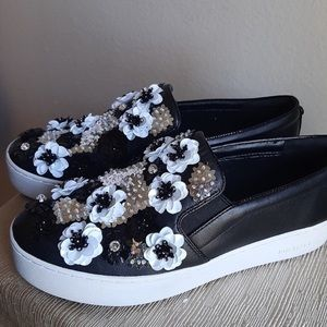 Michael Kors TRENT Black Rare Daisy Floral 3D Rhinestone Slip On Sneaker 10 EUC